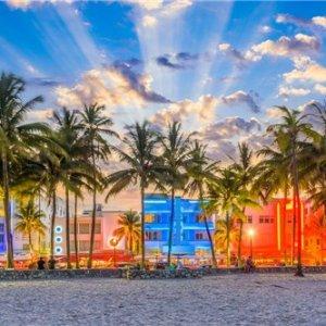 邮轮+陆地游(6天)皇家加勒比•海洋水手号-巴哈马海岛+迈阿密市区游:沼泽公园+西棕榈滩+罗德岱堡+拿骚+可可湾休闲之旅