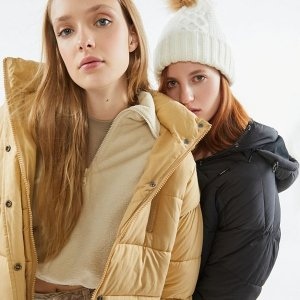 Urban Outfitters UO Mae Hooded Puffer Jacket