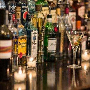 """当局警告,有这些症状赶紧就医!澳洲这8款酒含""""危险物"""",千万别喝。"""