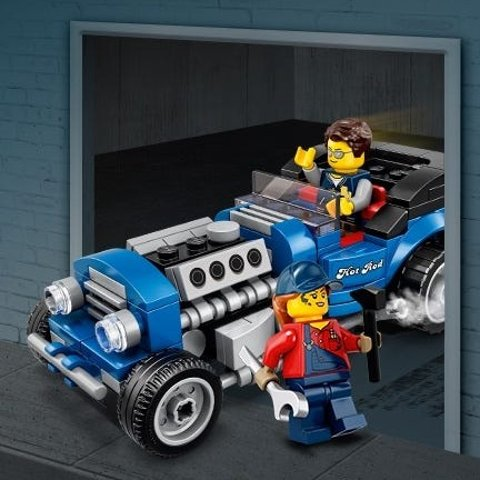 GWP with $85+ PurchaseLEGO Brand Retail June Promotion