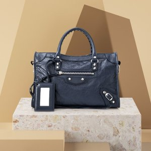 Up to 40% Off + Extra 20% OffReebonz Balenciaga Bags Sale