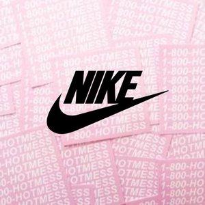 满3件享8折 £25收王一博同款腰包Nike 正价商品情人节大促 给你的Ta换一身装备吧