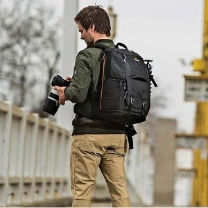 $73Lowepro Fastpack BP 250 AW II A Travel-Ready Backpack for DSLR and 15