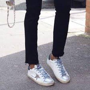 低至5折 最潮休闲鞋Golden Goose 精选休闲鞋、服饰热卖 脏脏鞋来袭