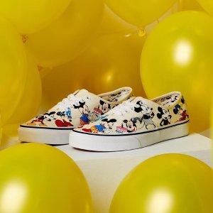 满满都是童年回忆!£30起~VANs 潮鞋热卖 X Disney联名款卖萌上线!