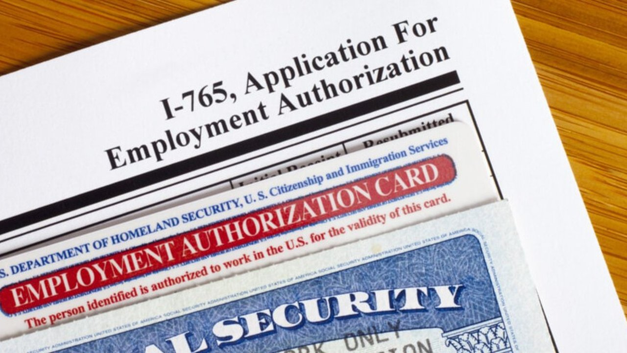 I -485调整身份期间EAD卡/工卡有效期延长至2年!如何申请EAD卡详解!