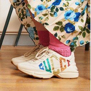 定价优势 + 额外9折 小白鞋$400+上新:Gucci 经典鞋包及配饰热卖 双G腰带$302