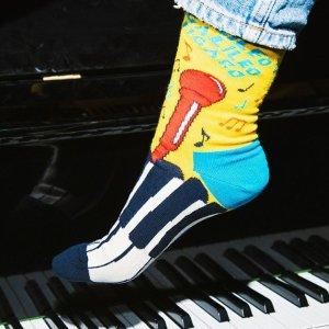 全场8.5折Happy Socks官网 全场热促 马丁靴、帆布鞋最佳伴侣就是它
