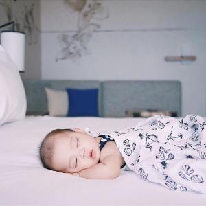7.5折Aden + Anais 全场特惠,收宝宝包巾、睡袋、纱毯