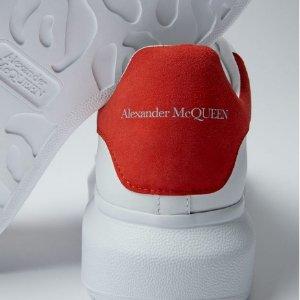 变相6.5折起 厚底樱花粉$580Alexander McQueen 小白鞋八哥定价 黑尾$437 (定价$675)免邮