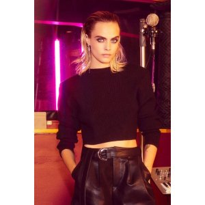 Cara Delevingne Sunday Girl Cropped Sweater | Shop Clothes at Nasty Gal!