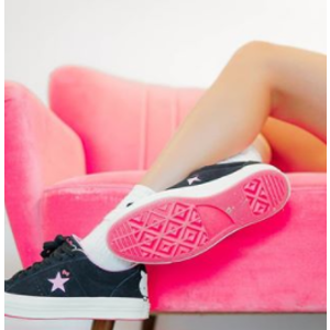 ConverseCONVERSE x Hello Kitty One Star Black & Prism Pink Womens Shoes