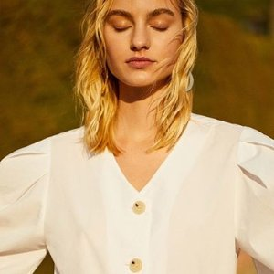 Up To 70% OffSale @ Mango