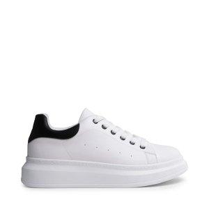平价版小白鞋