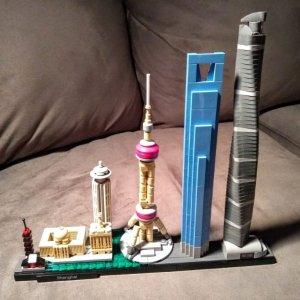 现价£44.99(原价£54.99)LEGO Architecture系列 21039 上海天际线