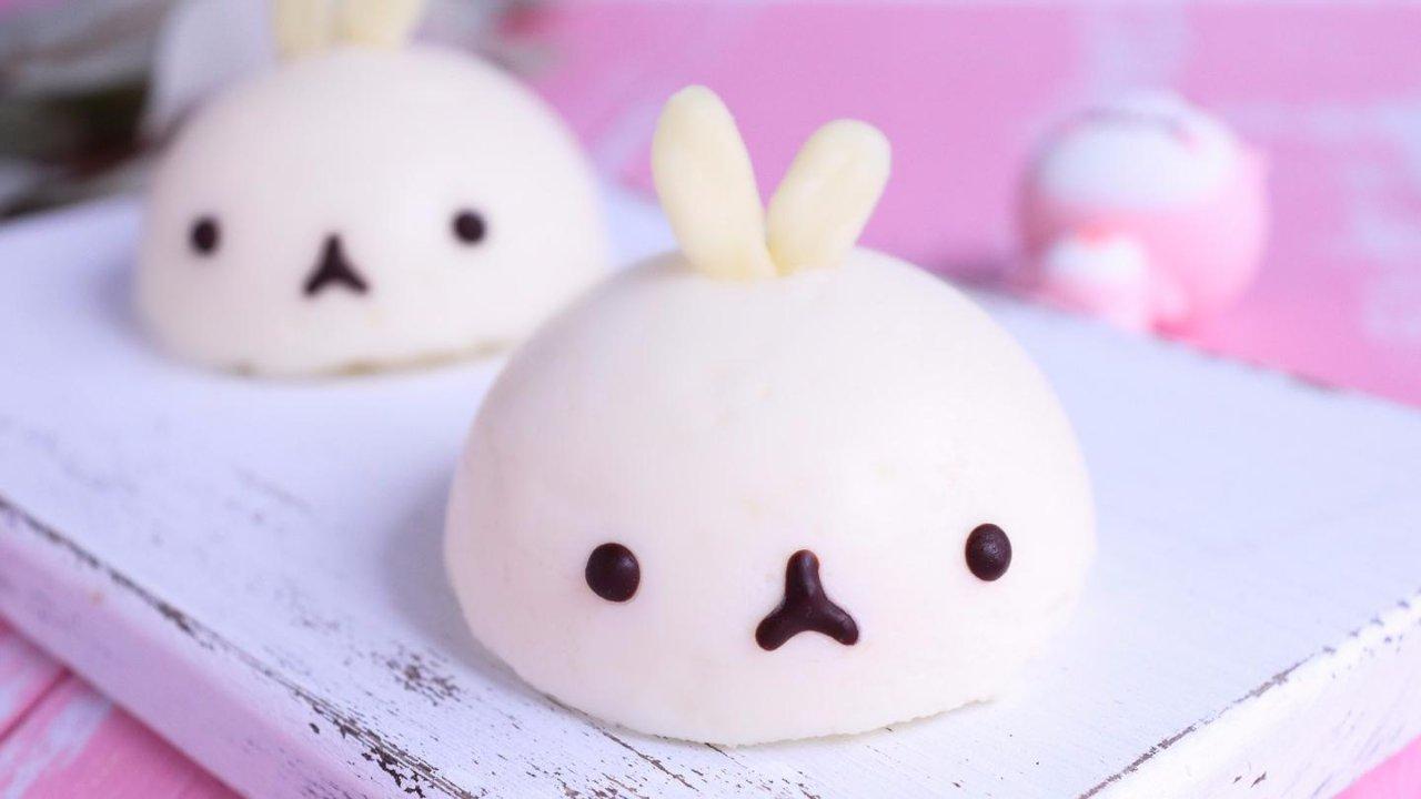 免烤㊙️可爱到爆炸⁉️白巧克力慕斯蛋糕🍰Molang兔