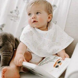 低至6折 围兜3条$13.6aden + anais 经典纱布巾、纱布毯、睡袋等婴儿幼儿用品优惠