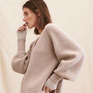 低至5折+额外8折 $13收针织毛衣H&M 奶茶色美衣专场 新款也参加 穿上喝秋天第一杯奶茶