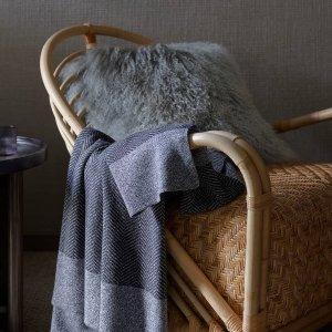 无门槛6折 毛毯多色可选Sheridan 人造皮草系列专场 多款抱枕$42起收 暖冬宅家必备