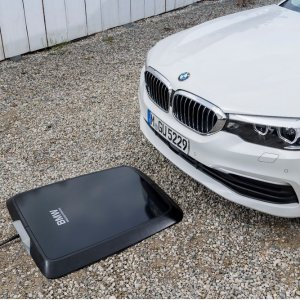 Wireless charging2018 BMW 530e iPerformance