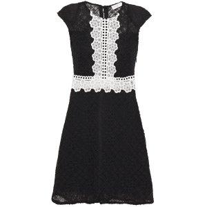Sandro蕾丝小黑裙