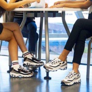 Extra 25% OffSketchers @ Shoes.com