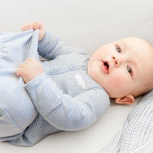 包邮 3.2折+双倍返券 全年最低比黑五低:Carter's官网  新生宝宝系列热卖,一站式购齐新生儿所需