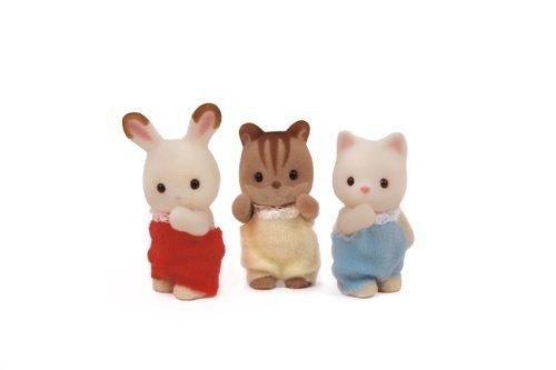 小兔和猫咪