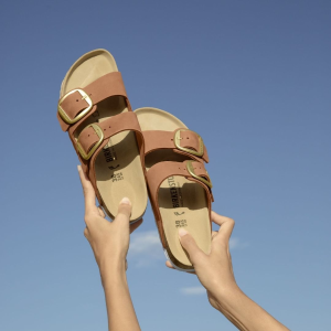 低至6折 Madrid款$35Birkenstock 舒适鞋履专场 经典Arizona款$47起