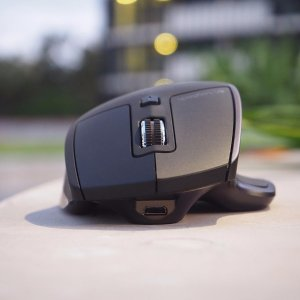 EUR 31.09Logitech MX Master Wireless Mouse