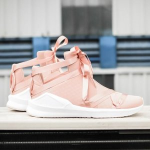 $39.99(原价$115) + 免邮,码全手慢无:Puma 樱花粉丝丝带运动女鞋促销,运动也能美美哒