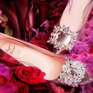低至6折 芭蕾鞋仅$364 无关税Roger Vivier 仙女美鞋 方扣粗跟$487 收花钻高跟 明星婚礼款