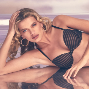 Up to $6.99  Nothing over $14.99Frederick's of Hollywood Bras on Sale