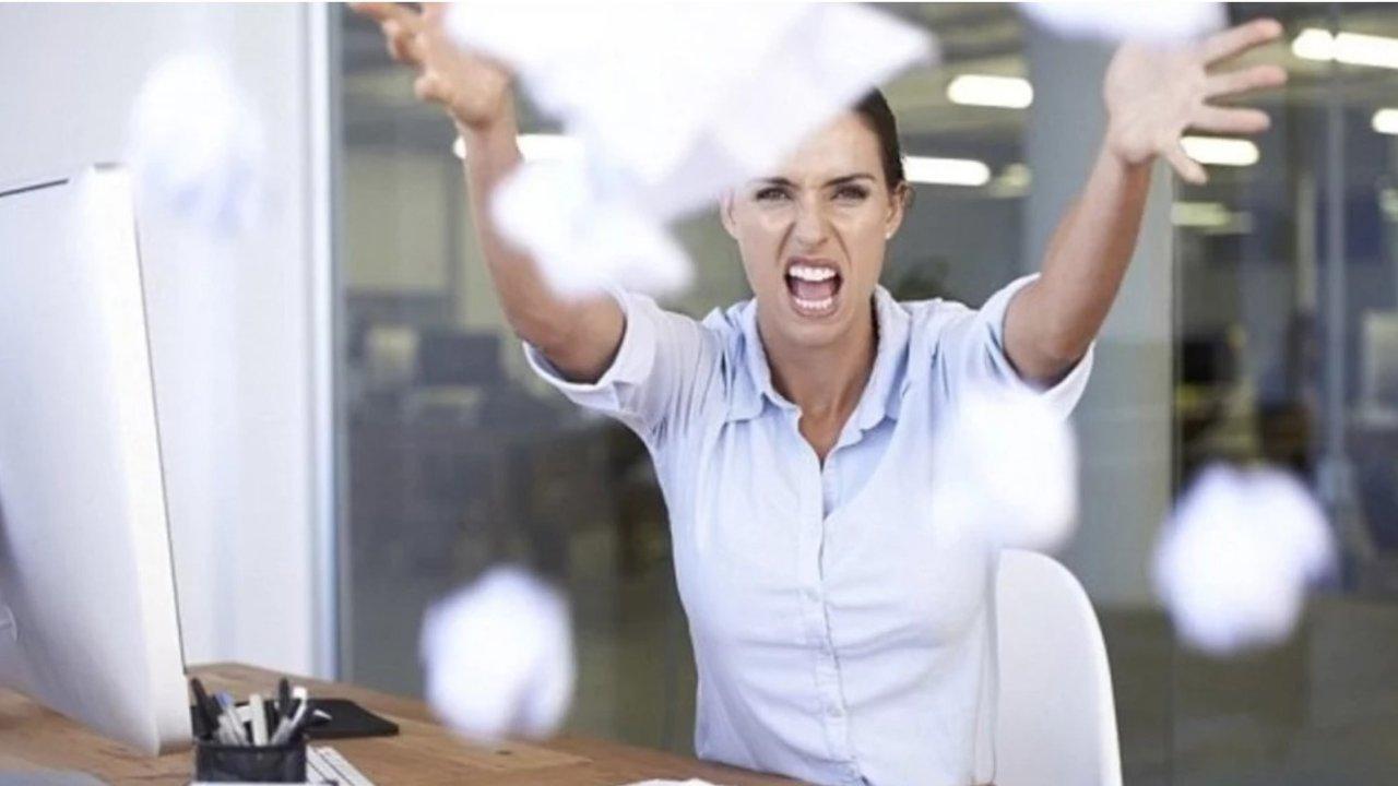 在北美,和老板意见不一致怎么办?和上司说话的技巧有哪些?职场精教你如何正确'顶嘴'。