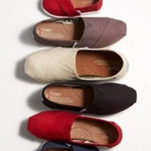 低至8折+额外7.5折+免邮折扣升级:TOMS官网精选舒适鞋热卖