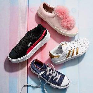 低至7.5折 +额外5折Adidas、Nike、Under Armour儿童运动鞋履独立日大促
