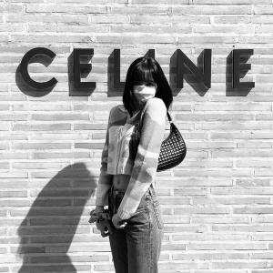 """精选Lisa的Celine型格穿搭BLACKPINK Lisa拿下Celine首位""""全球代言人"""" 超强穿搭盘点"""