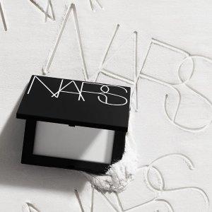 7.5折 售价$44.5近期好价:NARS 流光美肌轻透蜜粉饼 裸妆奇迹 干皮也能用