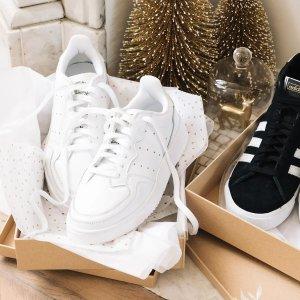 adidas OriginalsSupercourt 小白鞋