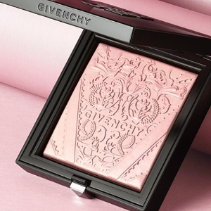 $42+A Choice of Deluxe SampleGIVENCHY Teint Couture Shimmer Powder @ Sephora