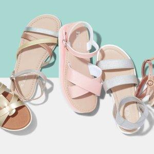 包邮 夹脚拖$2.38 凉鞋$6.78Children's Place官网 儿童凉鞋低至4折热卖