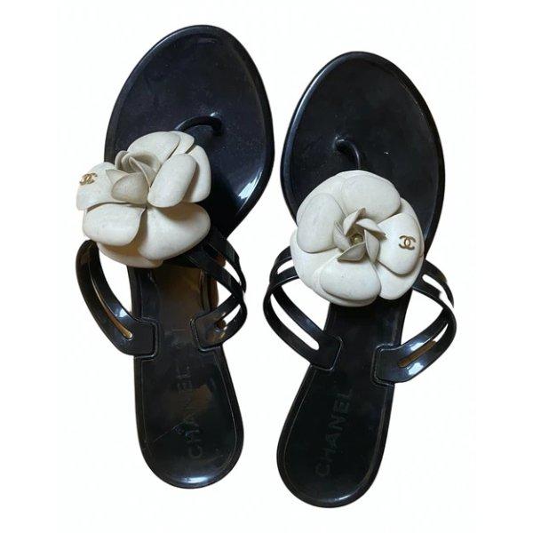山茶花凉鞋