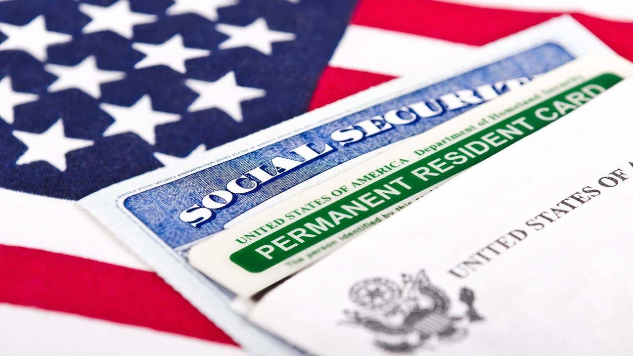 绿卡取消国家配额 排期快进50%?1分钟解读美国最新移民提案