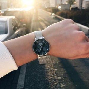 直邮超值价¥531Daniel Wellington 经典小号银黑配色腕表