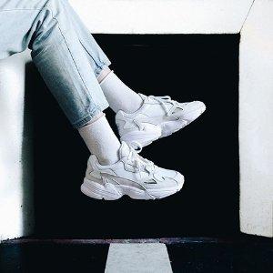 低至3折 一双白鞋陪你走世界再降价:SSENSE 小白鞋专场 永不过气的时尚单品