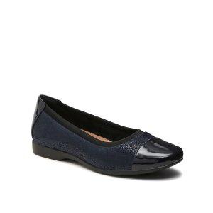 Clarks芭蕾鞋