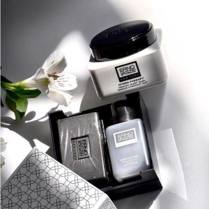 Detoxifying Double Cleansewith any Purchase @ Erno Laszlo