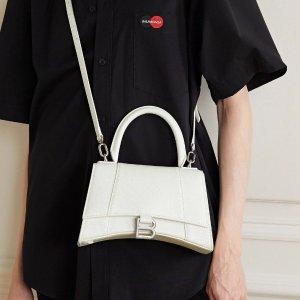 低至4折 £375收logo斜挎包上新:巴黎世家包包大促 豆腐包、钱包、logo款都有