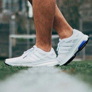 5折adidas Energy Boost 运动鞋促销