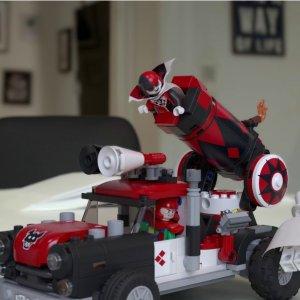 现价£32.67(原价 £49.99)Lego 乐高 蝙蝠侠系列 70921 哈雷奎因炮弹突击